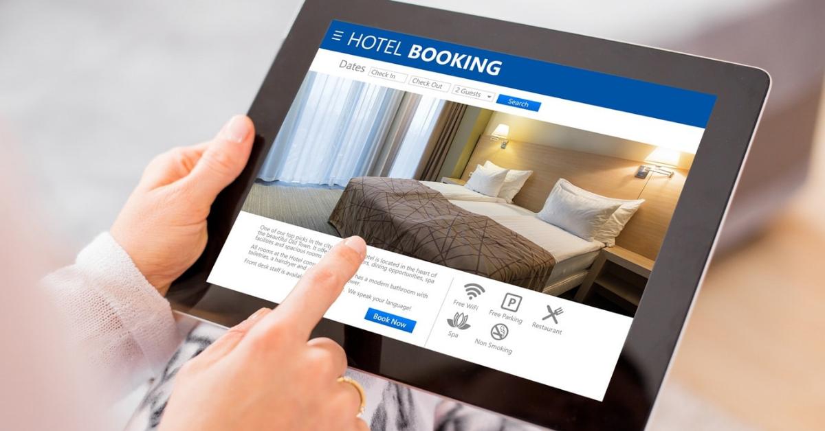 Scrape property data from Booking com using Google Chrome